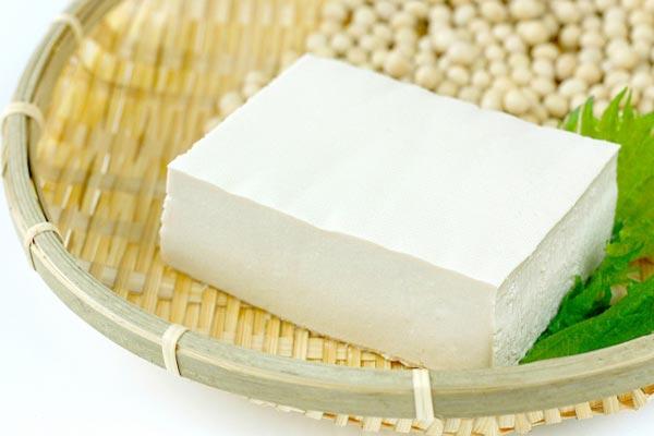 豆腐で薄毛対策!日本人に馴染み深い食材で毎日抜け毛予防!
